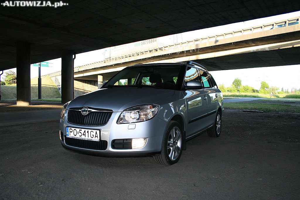 skoda fabia ii combi 1 9 tdi auto test motoryzacja. Black Bedroom Furniture Sets. Home Design Ideas